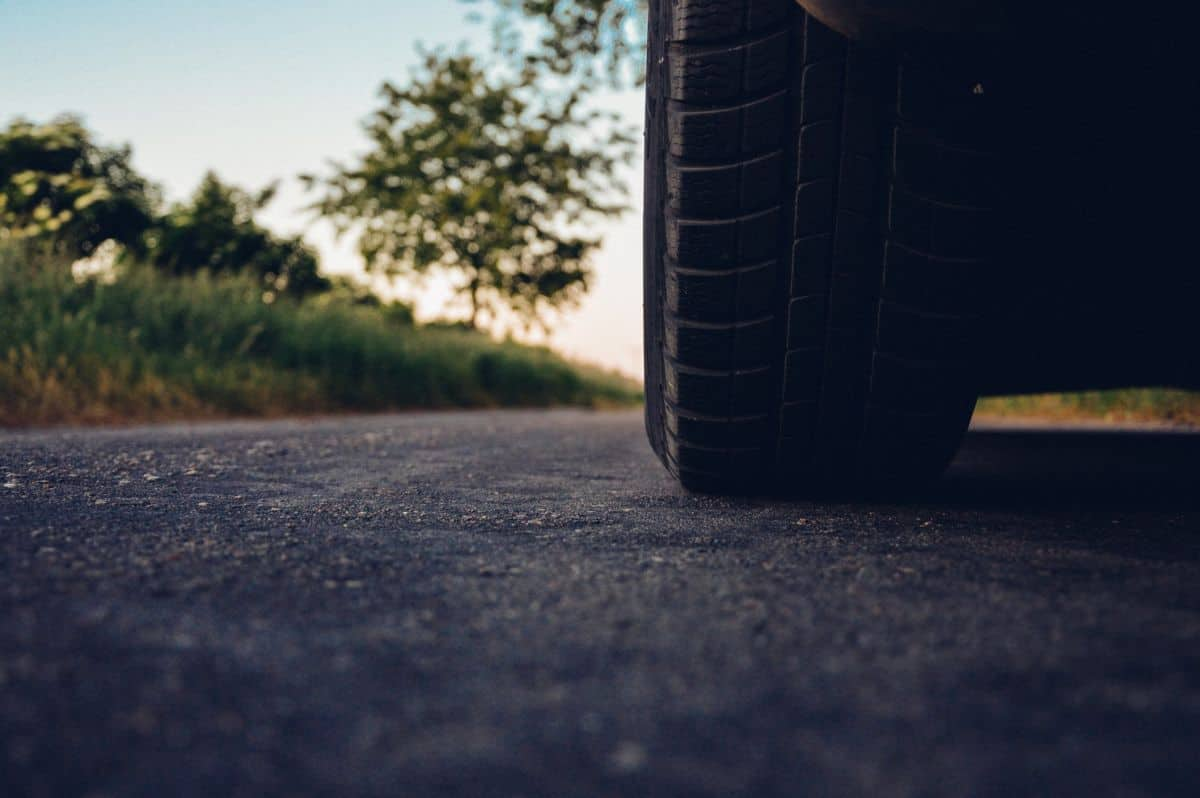 Is a Tire Blowout an At-fault Accident? | Lawsuit Info Center